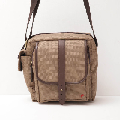 Tas-Slingbag-Daily-brown-1