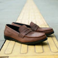 Sepatu Slipon Loafer Peni Brown
