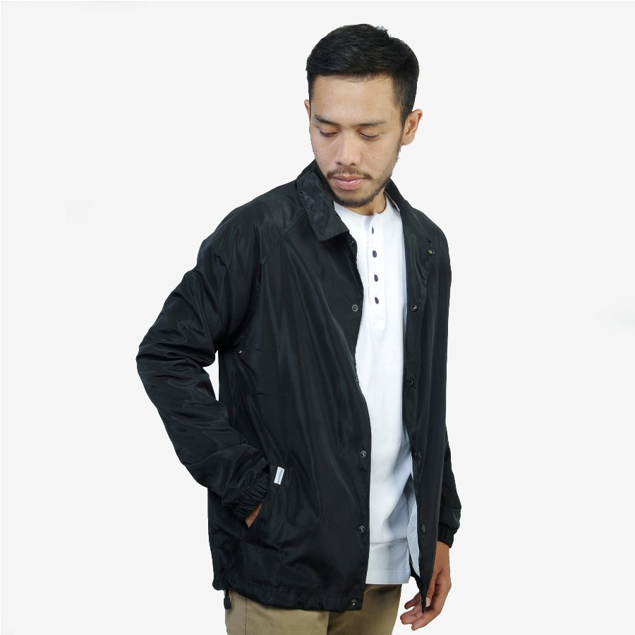 Jaket Coach Black