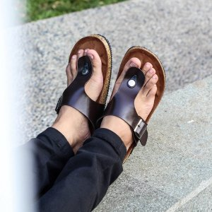 Sandal Jepit Kasual Zayn Dark Brown